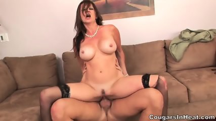 Crazy Sex With Horny Mom