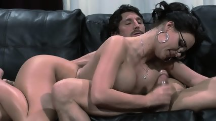House Husband Cleans Room And Fucks His Sexy Wife