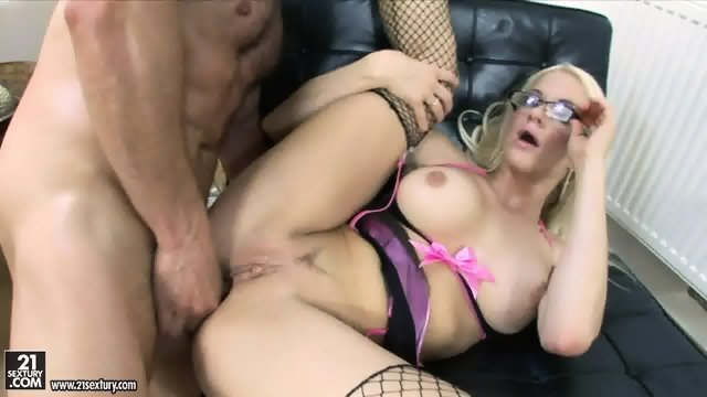 Blonde Whore With Glasses Gets Pounded Hard