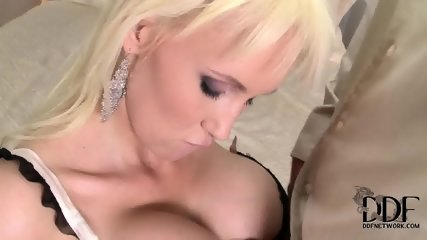 Busty Lady Loves Cock Riding - scene 4