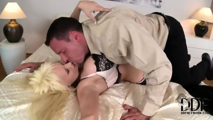 Busty Lady Loves Cock Riding - scene 5
