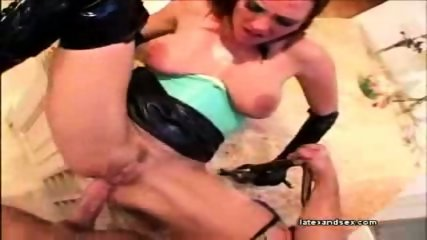 Latex babe takes it in her ass and gets a facial - scene 10