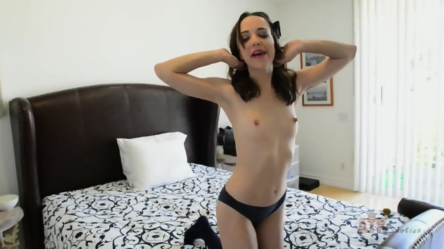 Nikki Next Amateur Masturbation