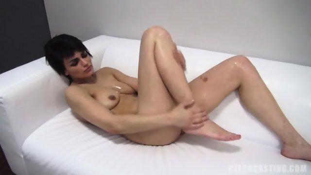 Amateur Lady Looks Good Without Clothes