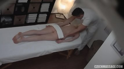 Blonde Amateur Gets Nice Pussy Massage - scene 3