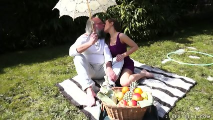 Old Guy's Spunk In Young Pussy - scene 1