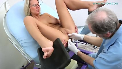 Masturbation During Gyno Exam - scene 8