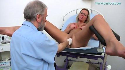 Masturbation During Gyno Exam - scene 9