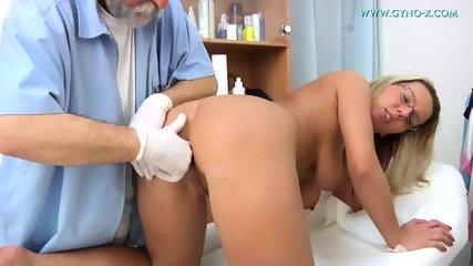 Masturbation During Gyno Exam - scene 7