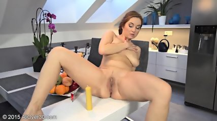 Sexy Young Mom Plays With Vagoo - scene 11