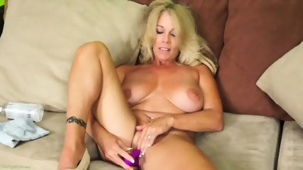 Solo Action By Mature Lady - scene 9