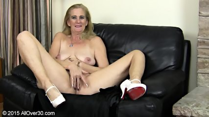 Granny Plays With Pussy - scene 3