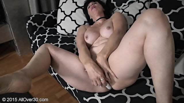Mature Whore Plays With Cunt