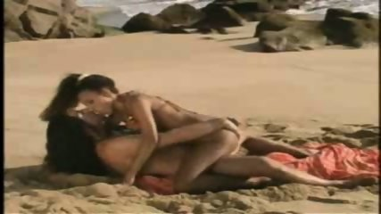 Sex on the Beach - scene 11
