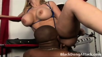 Sara Jay Gets Fucked In The Boxing Ring