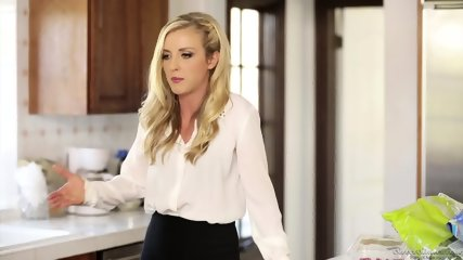 Karla Kush - My Girlfriends Mother 8 - scene 2