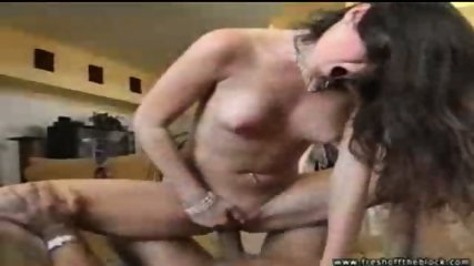 Kelly Tyler gets her sex trailer - scene 10