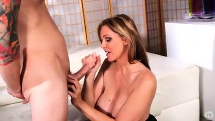 Mommy Likes Taste Of Dick - scene 12
