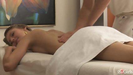 Pretty Girl Gets Pussy Massage - scene 3