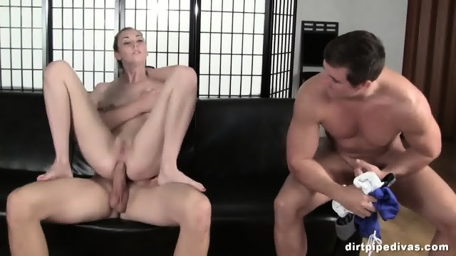 Pretty Girl Gets Ass Hole Drilling