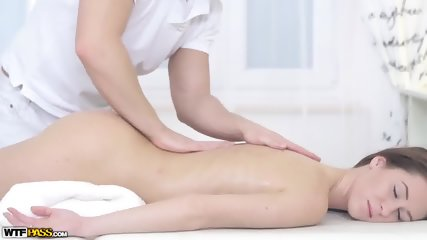 Cute Babe Gets Pussy Massage - scene 1