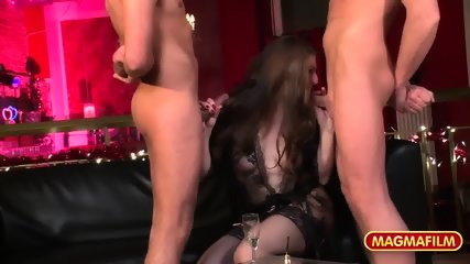 Attractive Lady With Stockings Gets Gang Banged - scene 5