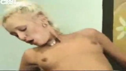 2 German chicks get fucked - scene 5