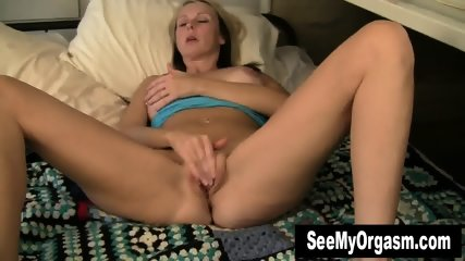 Chesty Milf Kylie Rubbing Her Pussy