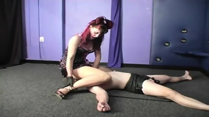 Mistress Face Sitting Chastity Slave - scene 9