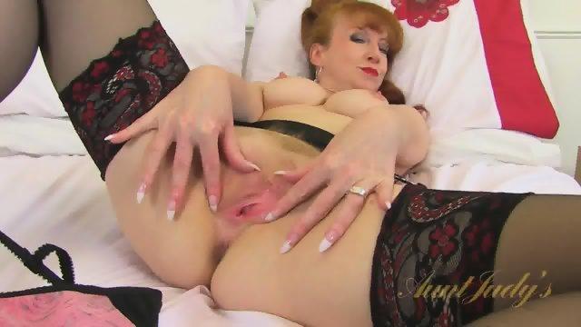 Vintage Redhead Rubs Pussy