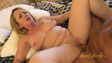 Blonde Mom Ready For Sex