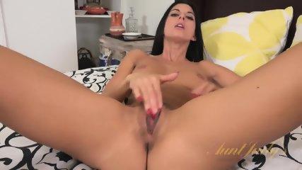 Nice Lady Rubs Vagina