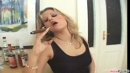 Smoking hot MILF 1/5 - scene 9