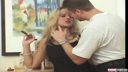 Smoking hot MILF 1/5 - scene 12