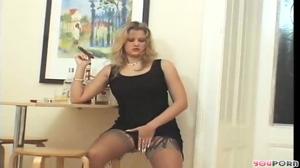 Smoking hot MILF 1/5 - scene 7