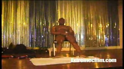 Black Stripper has a mature amateur milf suck cock - scene 2