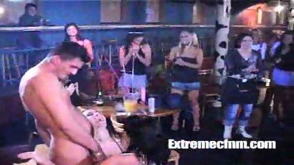 CFNM Stripper gets cock sucked in full public view - scene 12