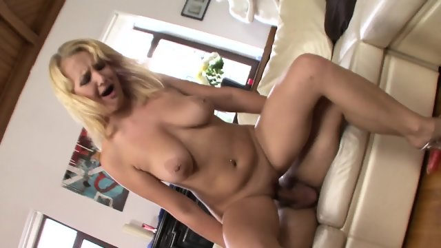 Anal Adventures Of Lusty Babe