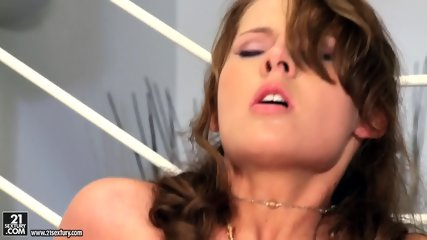 Nice Sex With Pretty Chick - scene 11