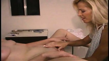 Nurse in white pantyhose - Pt. 3/3 - scene 9