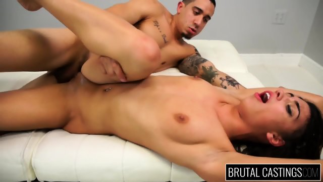 Teen Brutally Fucked At The Casting