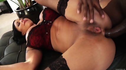Black Cock Bangs Her Ass