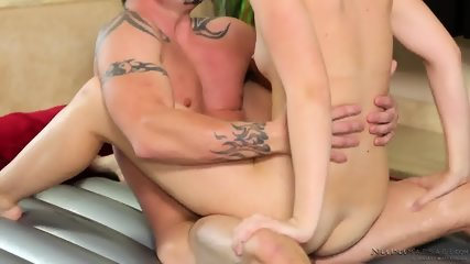 Masseuse Gets Pounded Hard - scene 10