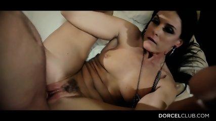Horny Lady Needs Hardcore Sex