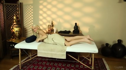 Blonde Chick Banged During Massage - scene 2
