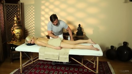 Blonde Chick Banged During Massage - scene 5