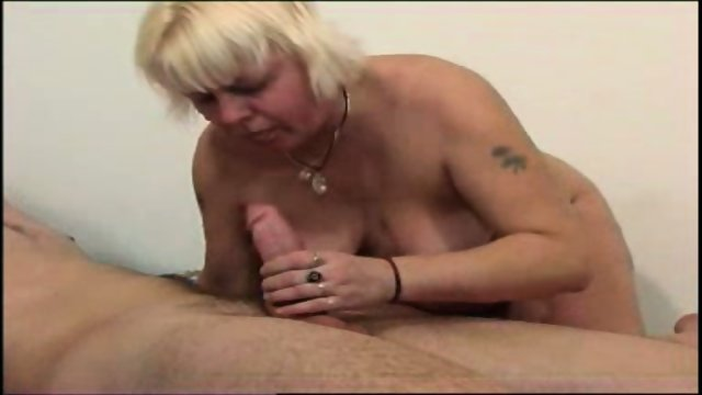Chunky mom gets fucked good and hard