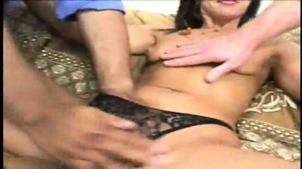 2 Fingers in a hot MILF's ass - Pt. 1/5