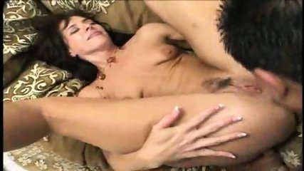 2 Fingers in a hot MILF's ass - Pt. 3/5 - scene 9