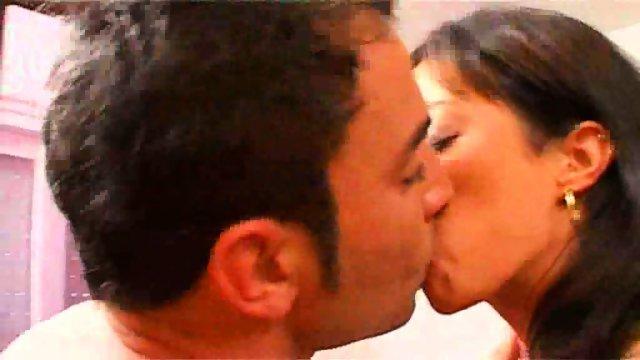 Carla-Cruz in a threesome